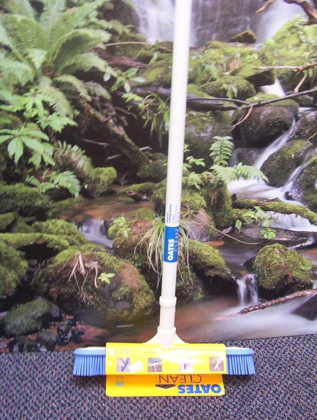 Oates Rubber Broom Clean Biz